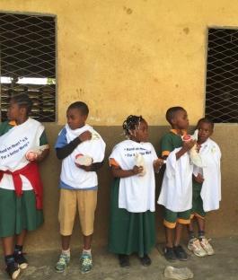 """Schülermotivation und Unterstützung finanziell schlecht gestellter Familien der Schüler an den Schulen """"TENDRE MERE"""" in Douala und  """" St. Kisito d' Ekangte in Nkongsamba"""", Kamerun"""